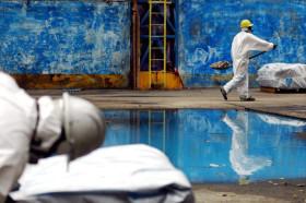Distruzione della fabbrica eternit di Casale Monferrato © Prospect